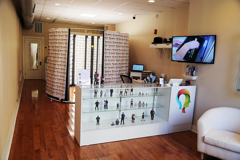 Inside PeoplePrints Store